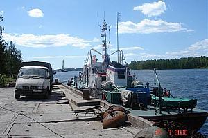 Маяк Поворотный на острове Вихревом
