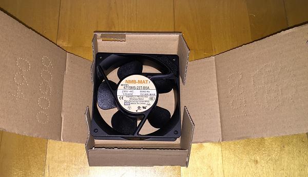 Продам вентиляторы Schroff 120х120 NMB