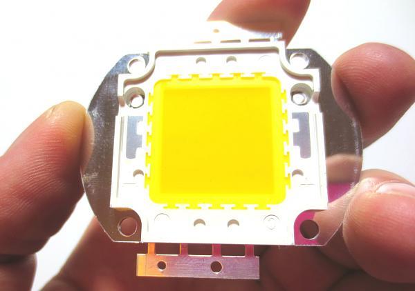 Продам Мощный светодиод 30 W