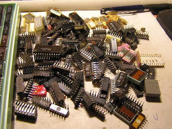Продам микросхемы разные