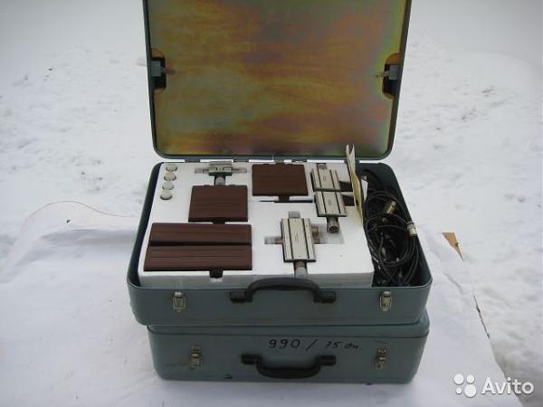 Продам Принадлежности Измерителя КСВН Р4-37