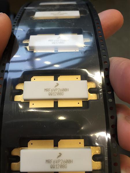 Продам Транзисторы MRF6VP2600H 500MHz 600W