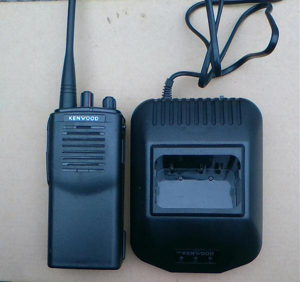 Продам Радиостанция Kenwood TK-3107 (400 - 470 MHz )