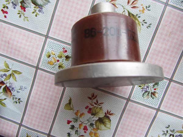 Продам Диод В6-200
