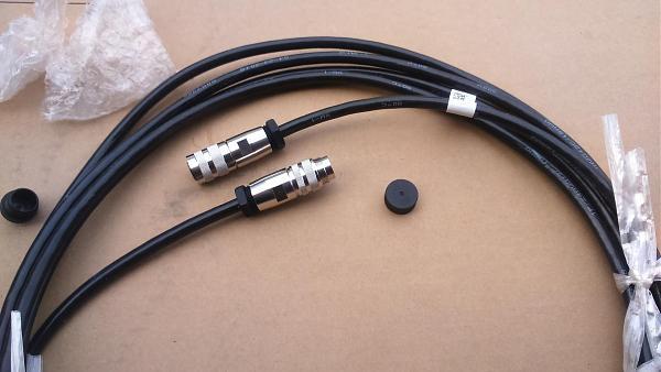 Продам интерфейсный и оптический кабель