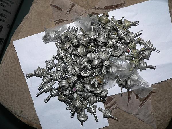 Продам Диоды мощные Д242-Д248, КД202, тиристоры КУ201