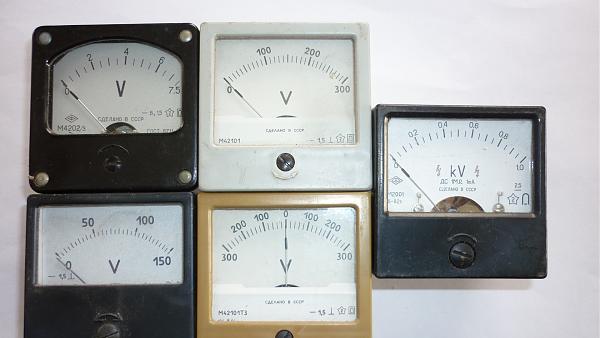 Продам Вольтметры 60х60мм и 80х80мм