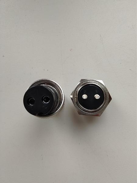 Продам 2х и 3х pin разъемы