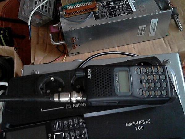 куплю к порт. р/с Alinco Dj-496.UHF-антенны и акб.