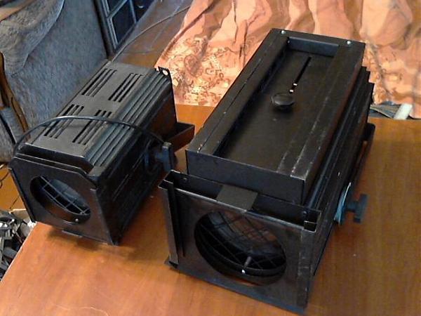 Продам фотофонари для освещения помещения