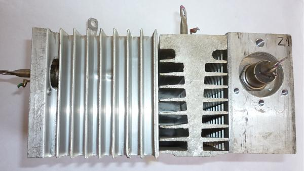 Продам Тиристоры 80а на радиаторах