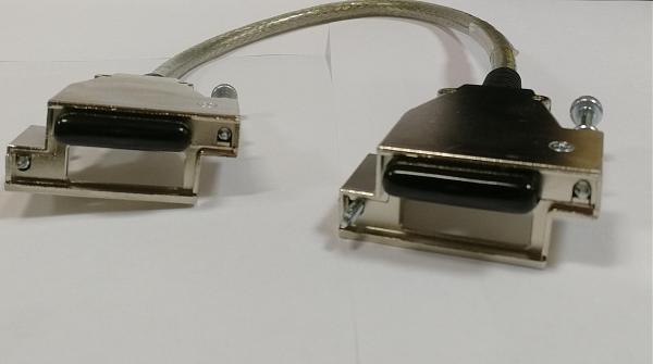 Продам Стековый кабель CISCO SYSTEMS 72-2632-01 REV A0