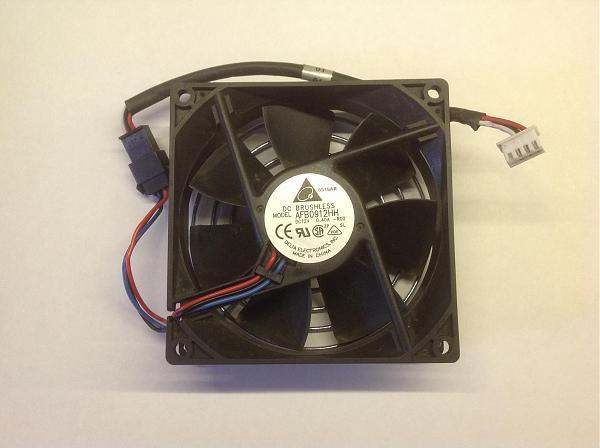Продам Вентилятор Delta 12V, 0,4A 90x90x25 AFB0912HH