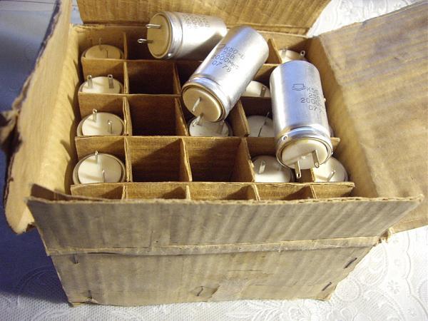 Продам Конденсатор электролитический К50-6