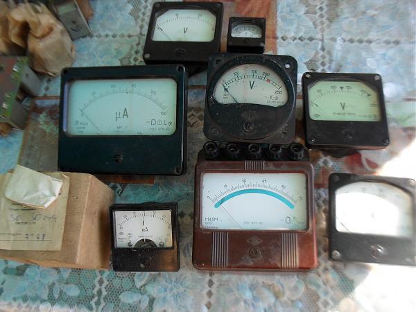 Продам Головки измерительные стрелочные,транзисторы