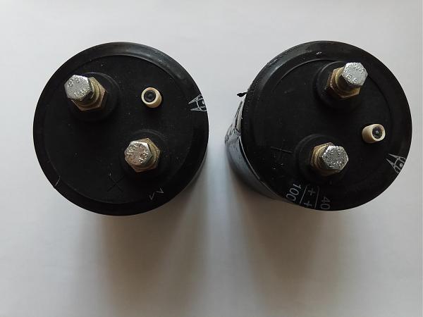 Продам Конденсаторы электролитические .