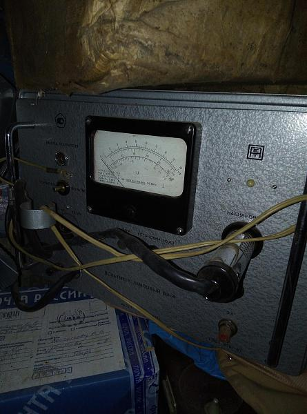 Продам вольтметр  ламповый  В3-4