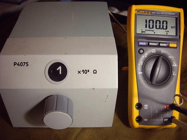 Продам Р4075 Магазин сопротивления.  Класс точности  0,02