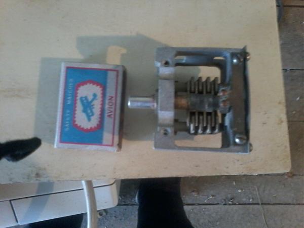 Продам переменные и подстроечные конденсаторы КПЕ