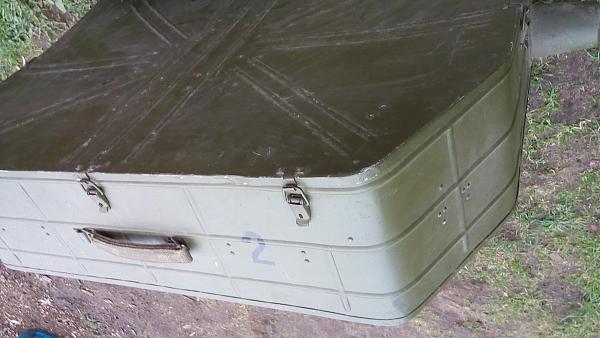 Продам Армейские металлические контейнеры радиоаппары