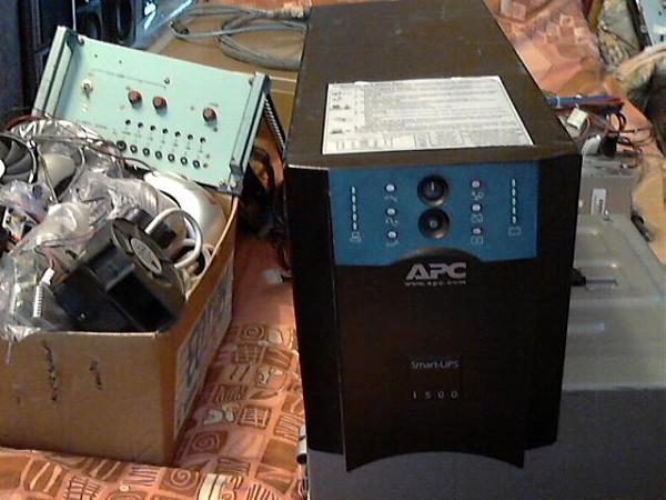 Продам ИБП - 3000ват-4000w.и 1500W.1200ват.700.600ват