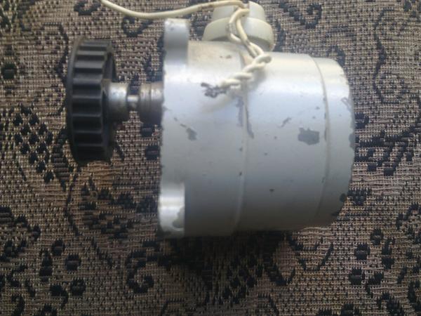 Продам Электродвигатель Д32