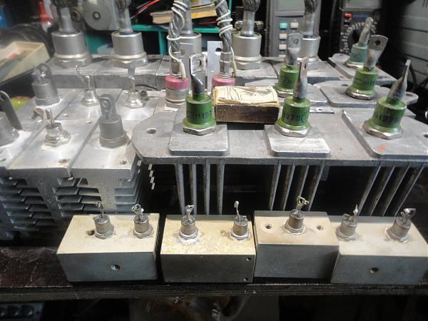 Продам диоды мощные-средние-стабилитроны-тиристоры