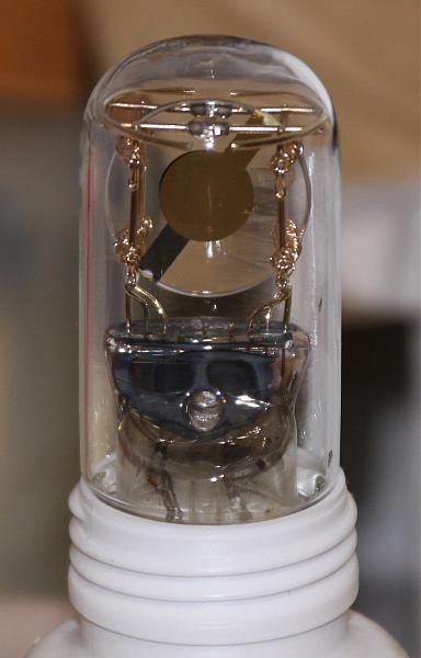 Продам стеклянные, позолоченные кварцевые резонаторы