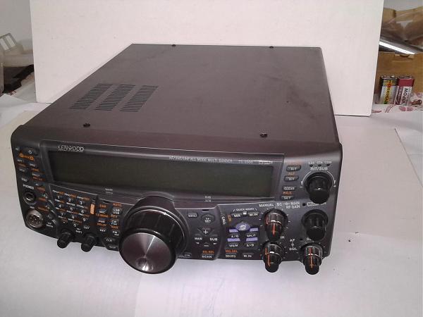 Продам Всеволновый трансивер TS 2000
