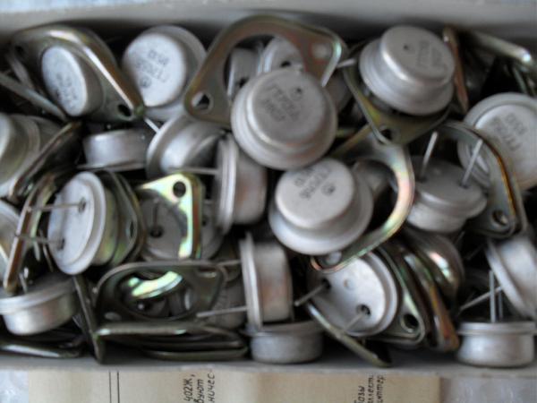 Продам Гт703 запасы гт705 транзисторы германий