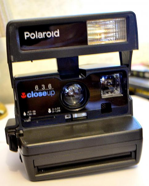 Продам Фотоаппарат Поляроид 636