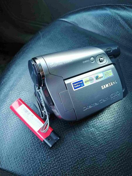 Продам Видеокамера Samsung dvd