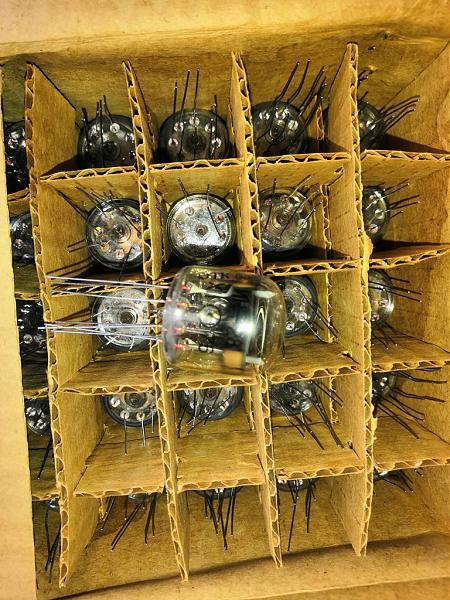 Продам ИН-28 лампы
