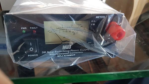 Продам компактный БП MFJ-4230MVP