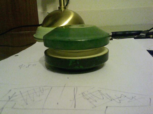 Продам Изолятор для штыревой антенны