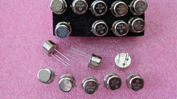 Продам Транзисторы Motorola MRF587, MRF544