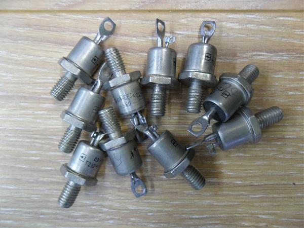 Продам Симистор Т232-40-13-7, N122