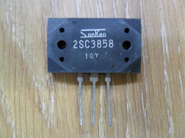 Продам Транзистор 2SC3858