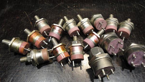 Продам транзисторы новые