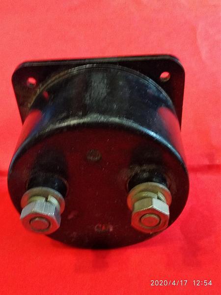 Продам Амперметр Э421 20А. ток переменный.50-180-550Гц