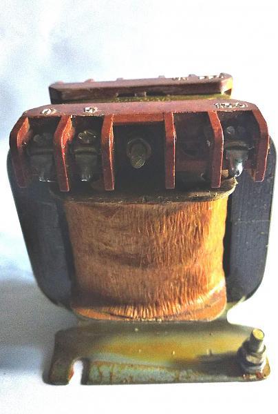Продам трансформатор ОСМ-1-0.063 220в. 130в. 5в. 50/60Гц