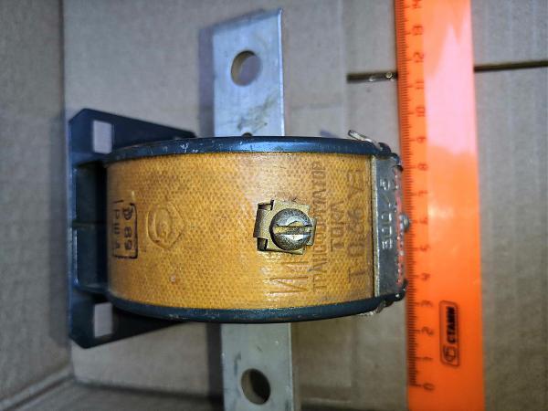 Продам Трансформатор тока Т-0.66, У3, 300/5, КЛ.1, 5 VA