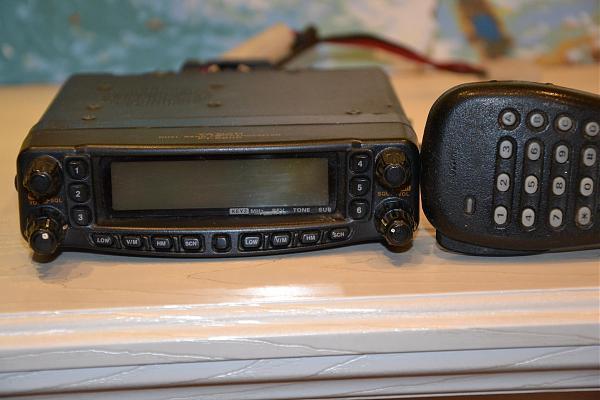 Продам yaesu ft-8800