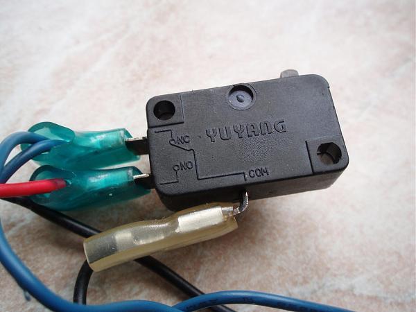 Продам Микропереключатели (концевики) от микровoлновки