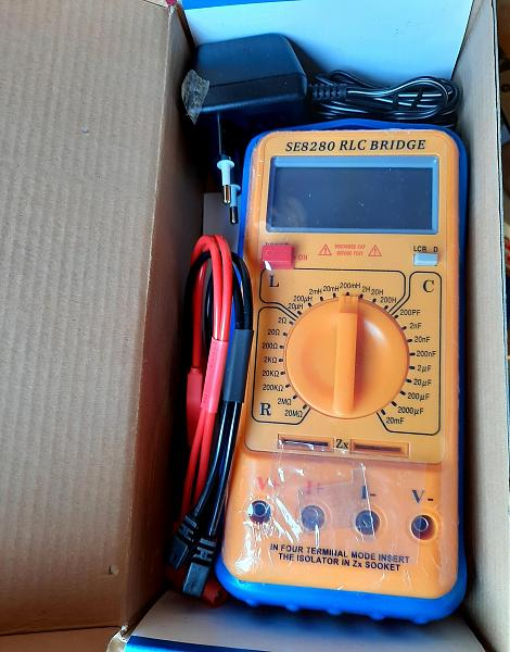 Продам Мультиметр SE8280