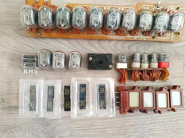 Продам Индикаторные лампы и индикаторы