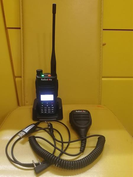Продам Radioddity GD-77 Dual Band Dual Time Slot DMR
