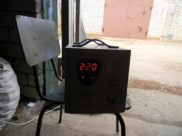 Продам Мощный стабилизатор сети 220 В