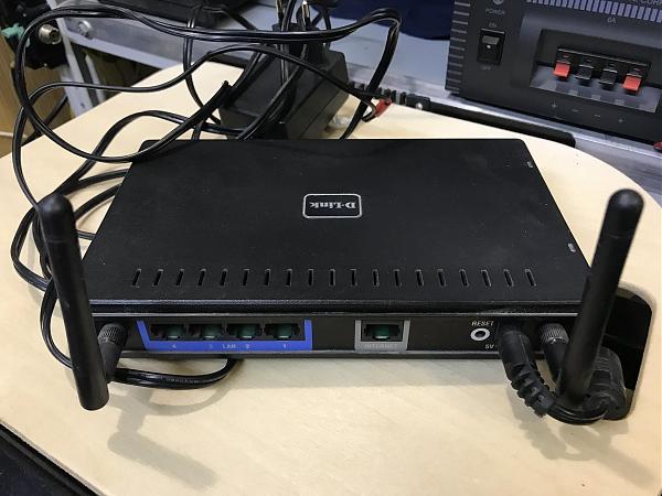 Продам WI-FI роутер D-Link DIR-615