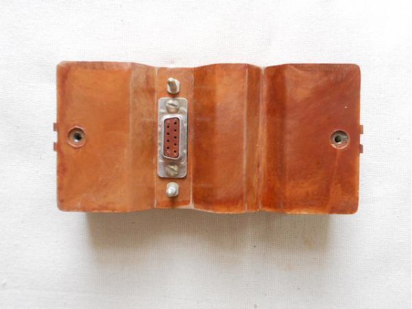 Продам держатели батарей - кассеты